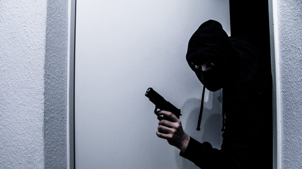 Burglary vs. Robbery: What's the difference?