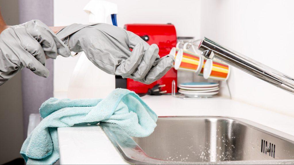 9 conseils pour nettoyer votre maison en toute sécurité